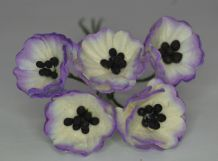LIGHT LILAC WHITE POPPY / PAPAVER (1.8 cm) Mulberry Paper Flowers